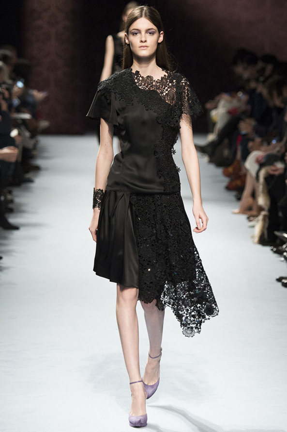 Nina Ricci кружевное платье