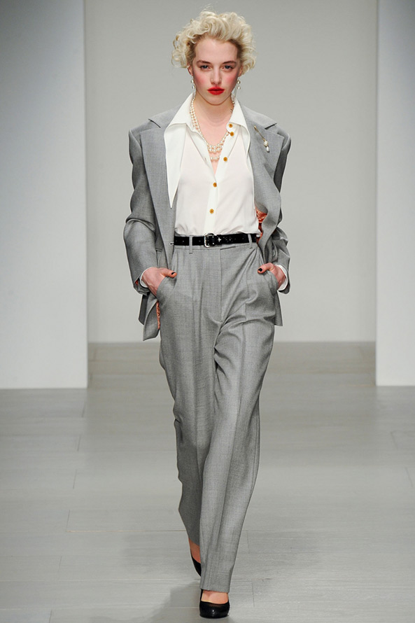 Брючный костюм Vivienne Westwood