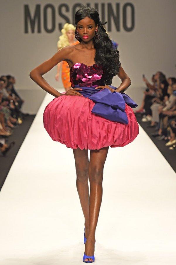 Красивое платье в стиле Барби