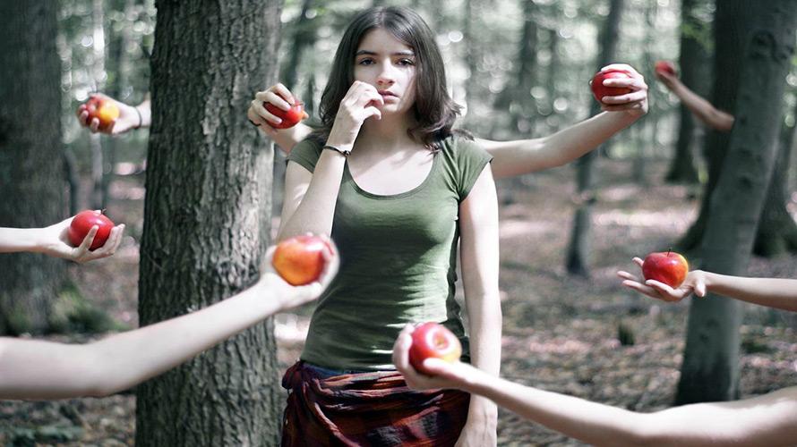 Яблоко в истории и традициях