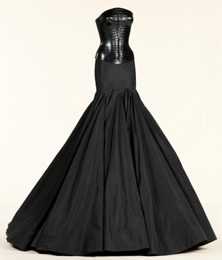 Красивое платье дизайнера Аззедина Алайя