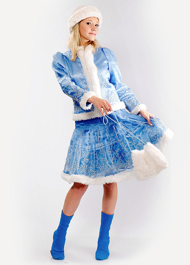Платья в виде костюма