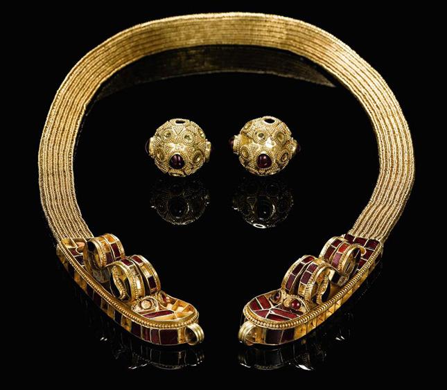 Золотые украшения Аттилы – царя гуннов