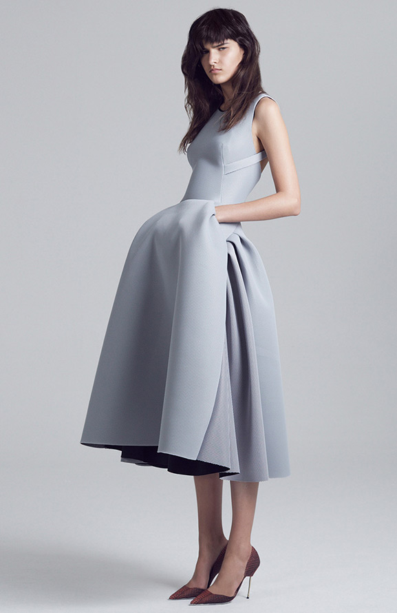 Серое платье фото