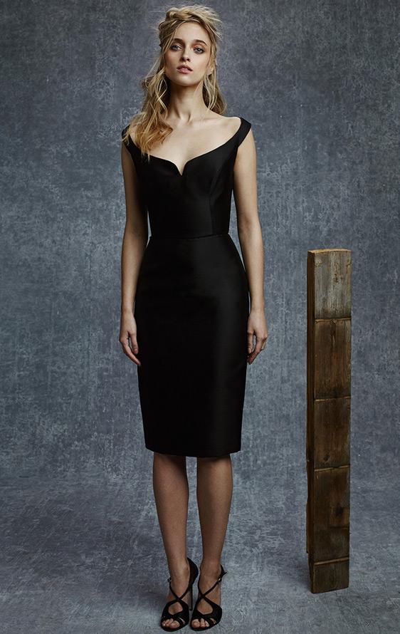 Черное платье, фото