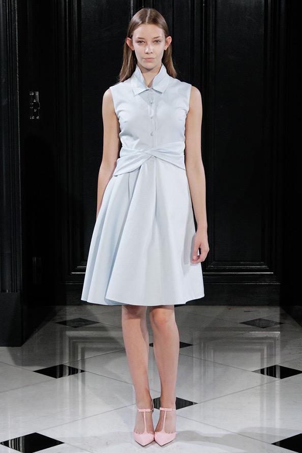 Голубое платье, фото