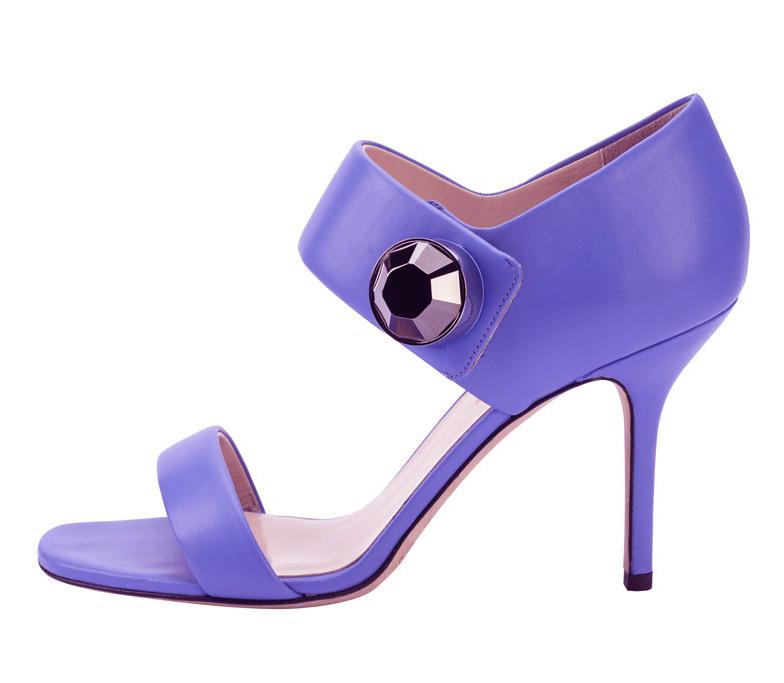 Обувь лавандового цвета