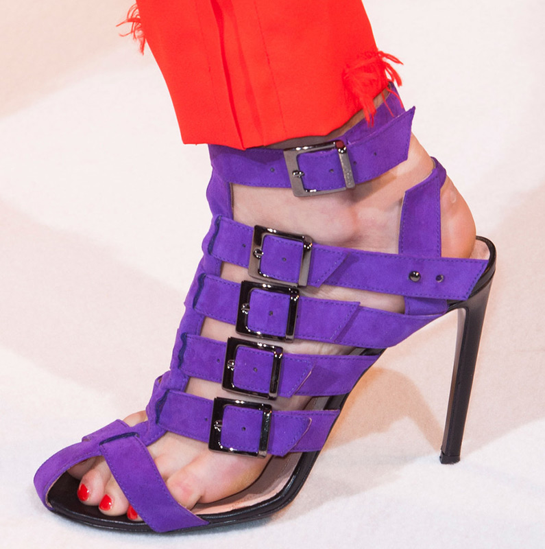 Фиолетовая обувь