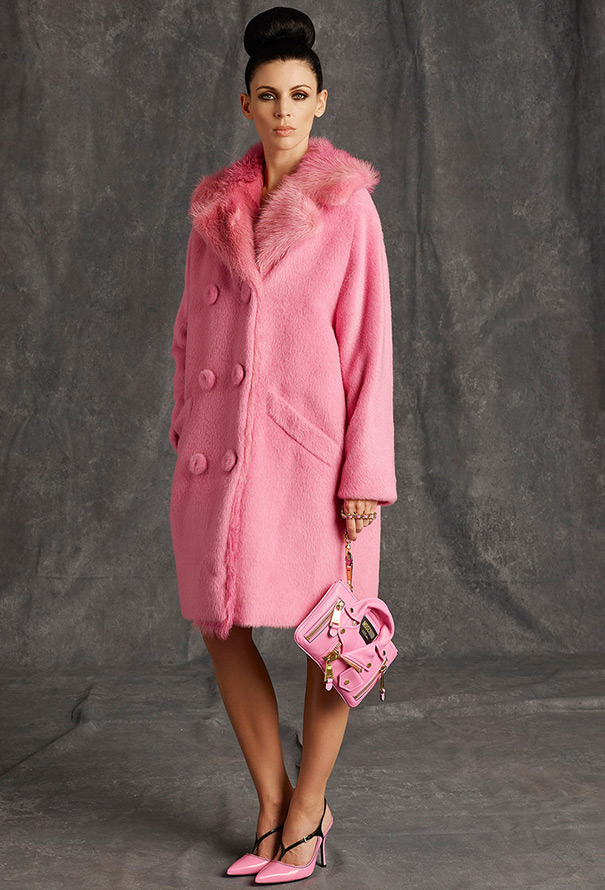 Розовое пальто, фото
