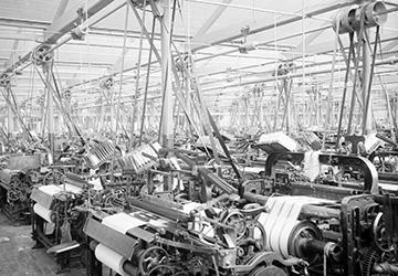 Льняные ткани – история и свойства