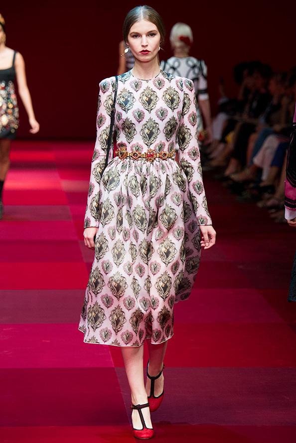 Закрытое платье 2015