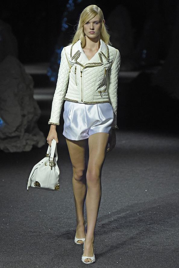 Белая куртка для девушек 2015