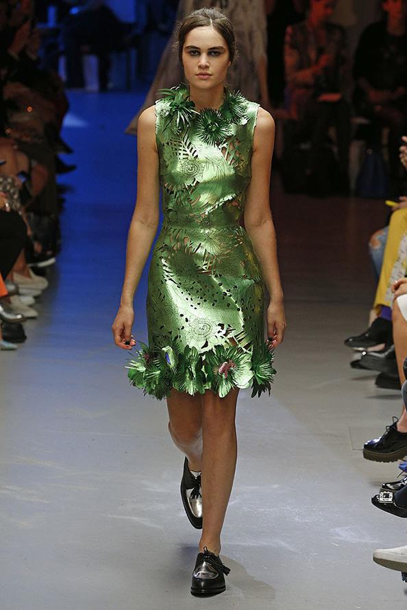Зеленое платье 2015