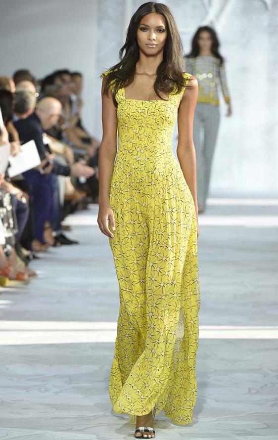 Желтое платье фото