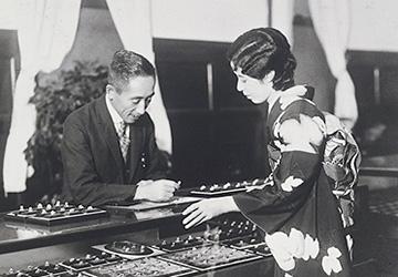 Кокити Микимото - жемчужный король
