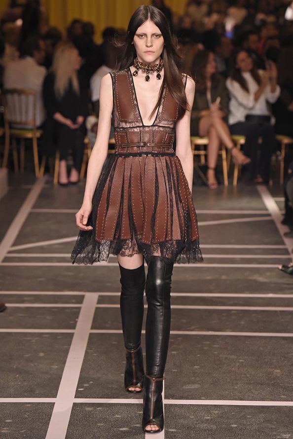 Коричневое платье Givenchy