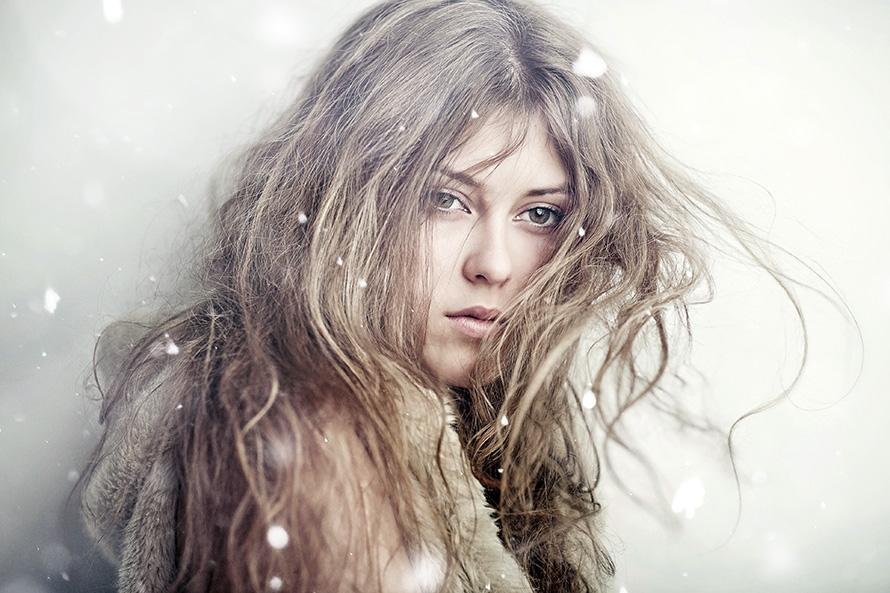 Почему волосы зимой становятся сухими