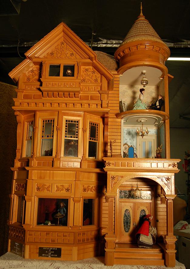 Винтажные кукольные домики