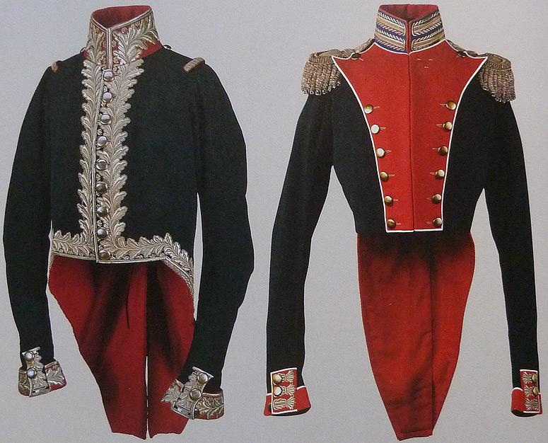 Военные мундиры из сукна