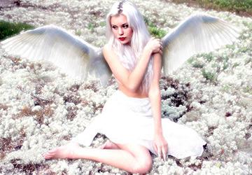 Девушки – Ангелы в фотографиях и картинках