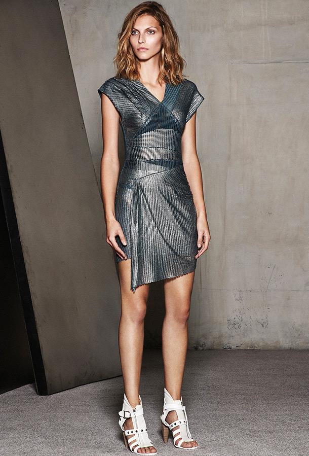 Короткое платье 2015