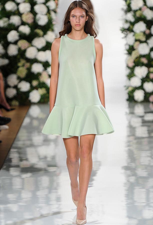 поздравлю всех модные короткие платья фото человеческими