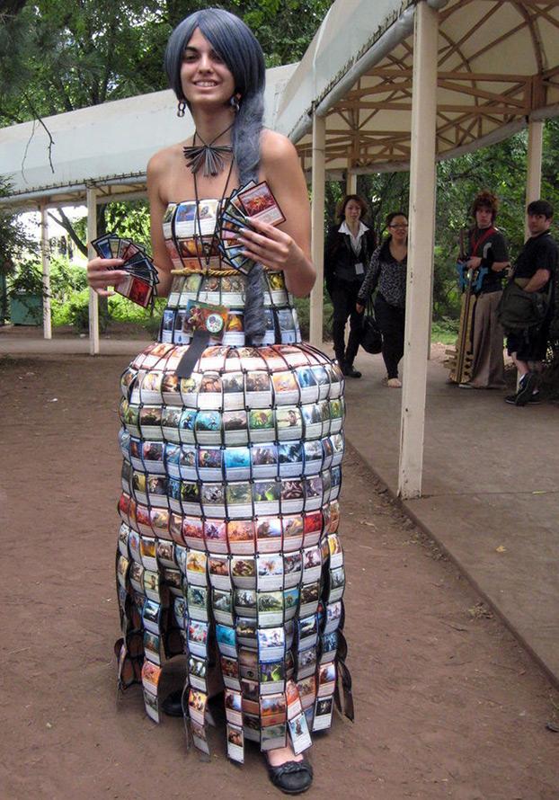 Платье из карт таро