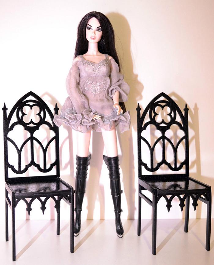 Кресло для куклы как украшение интерьера