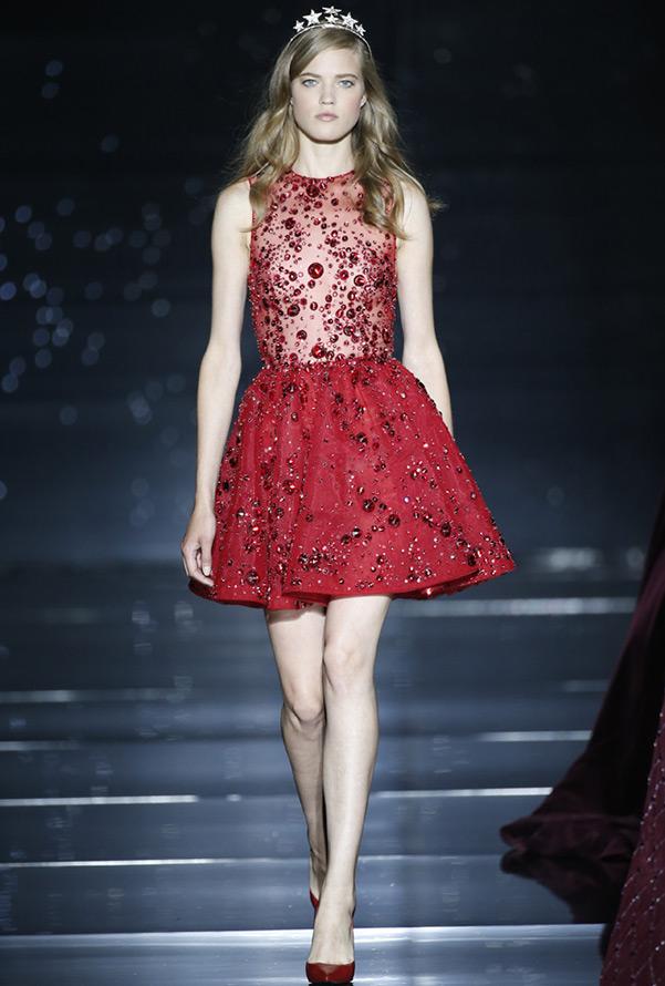 Красное платье Zuhair Murad