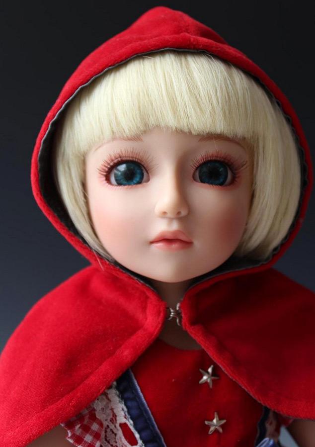Добрая кукла