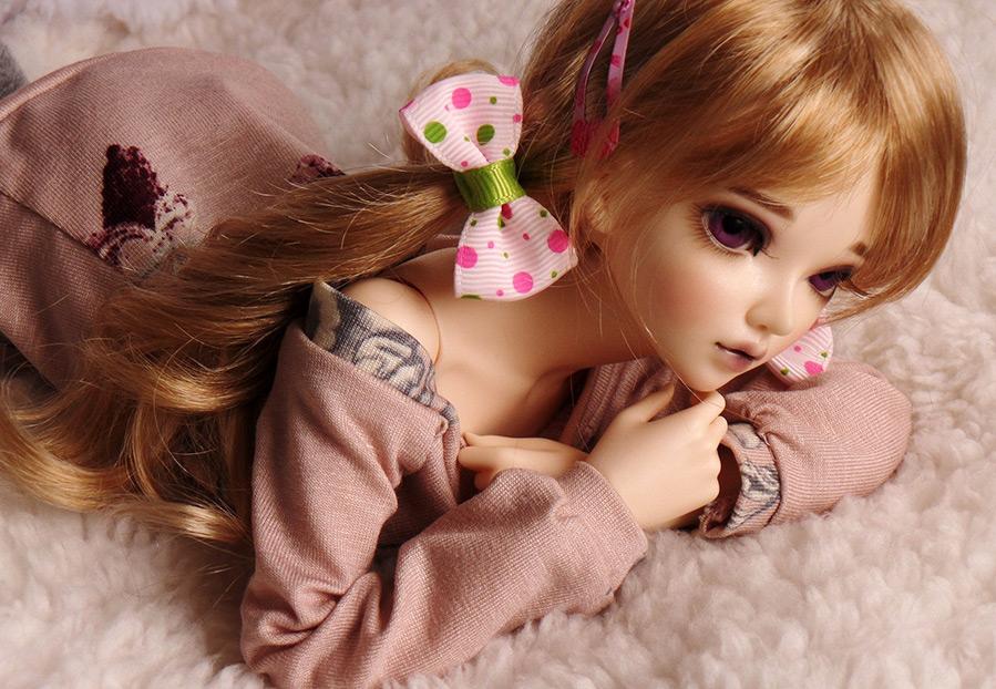Красивая и добрая кукла