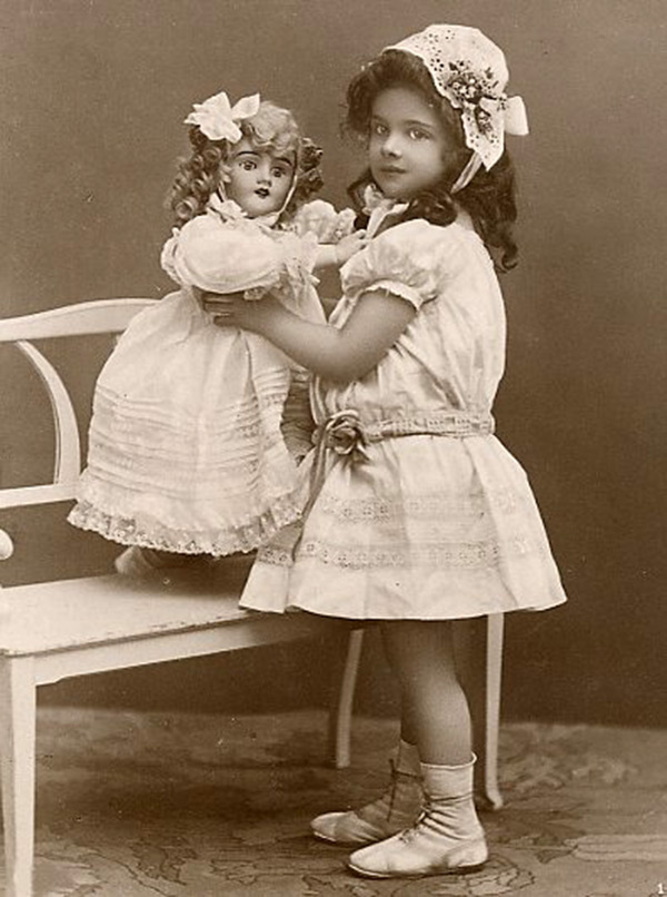 Фото детей из открыток