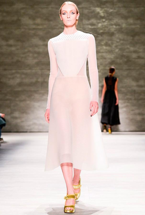 Платья из коллекции белые