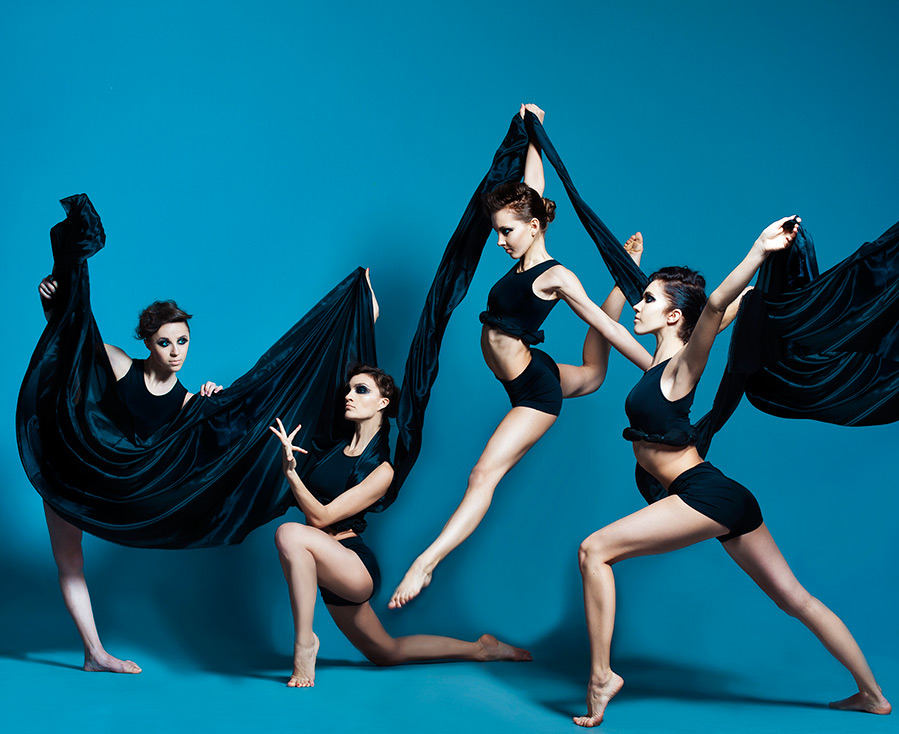 Смотреть Станцевать Chanel - Интервью с хореографами-постановщиками спектакля о Coco Chanel видео