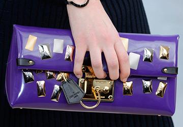 Фиолетовые и сиреневые аксессуары