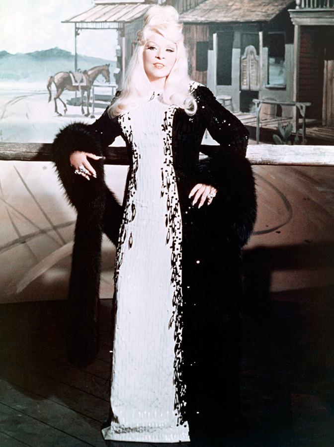 Платье по эскизам Эдит Хэд