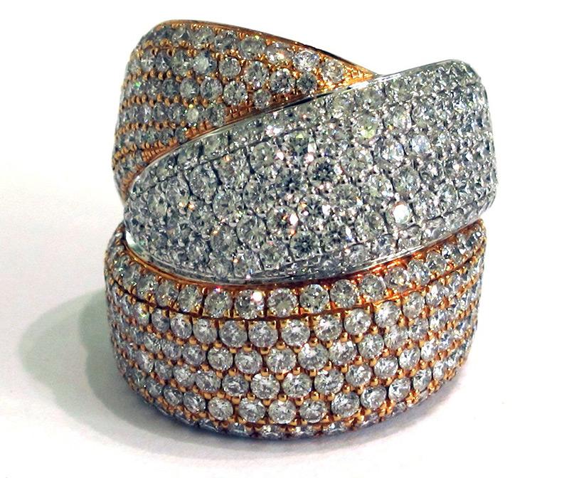 Кольца с бриллиантовым паве