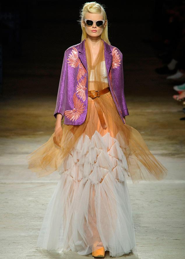 Многослойная полупрозрачная юбка