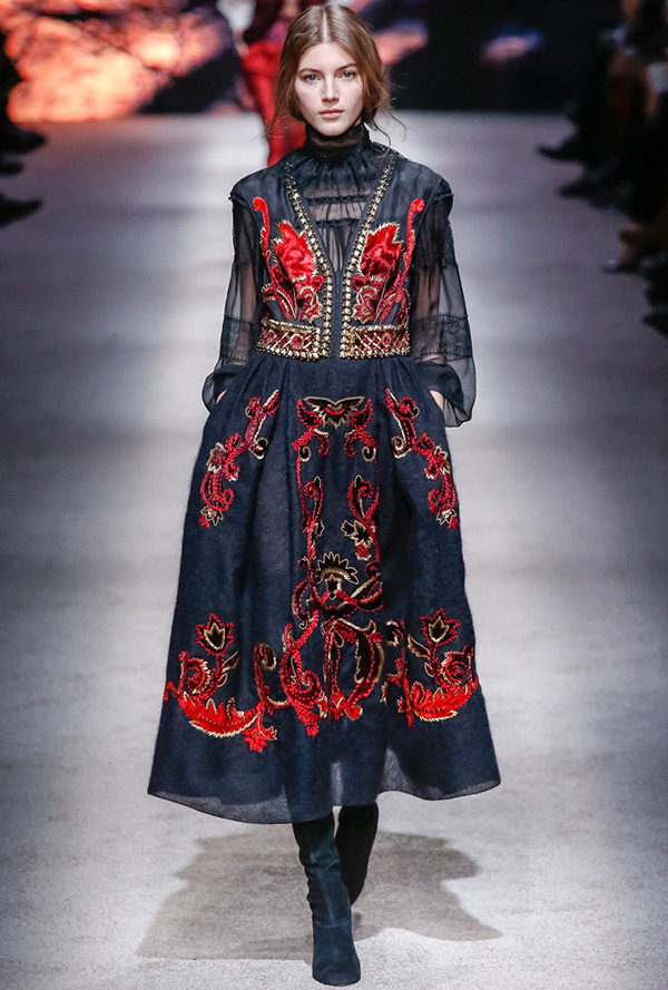 Роскошное платье Alberta Ferretti