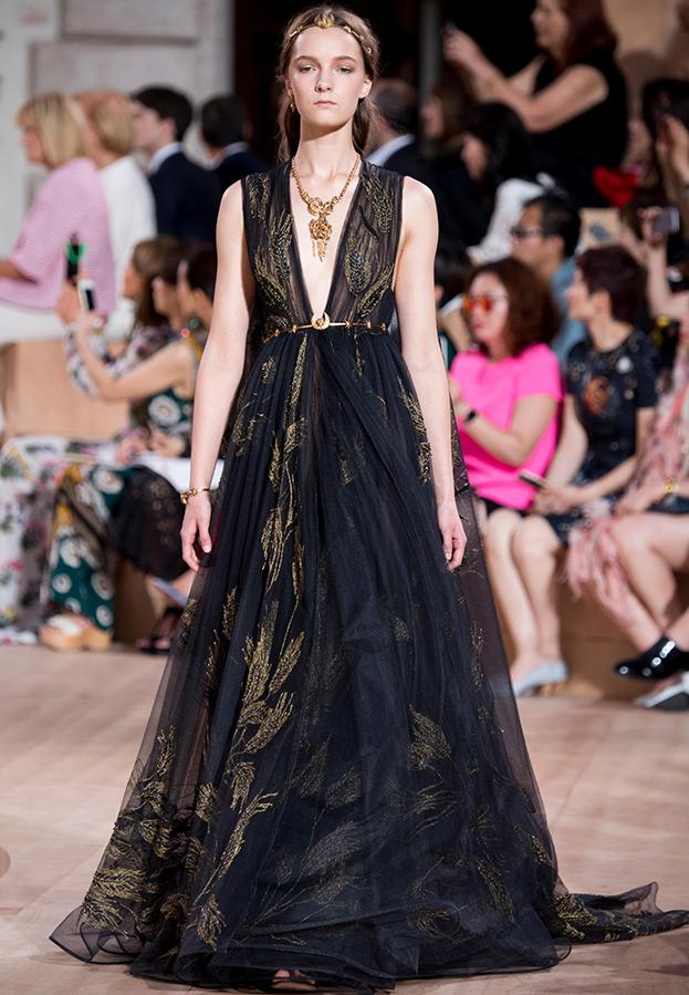 Черно-золотое платье Valentino