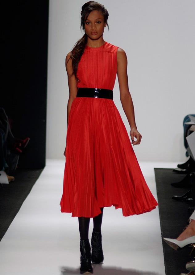 30 красных платьев на Новый год