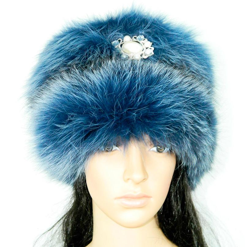 Синяя меховая шапка
