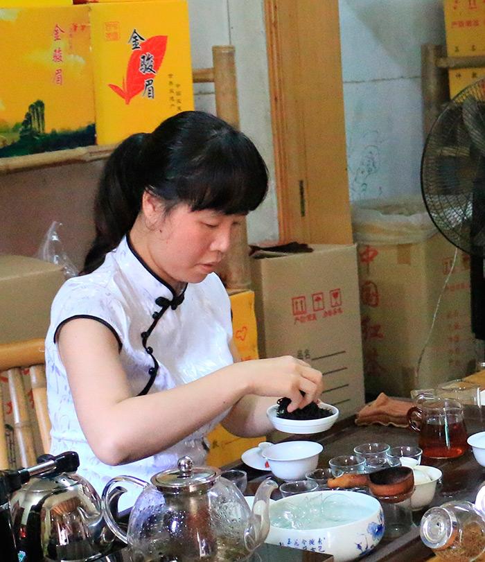 Китайская традиционная одежда для женщин