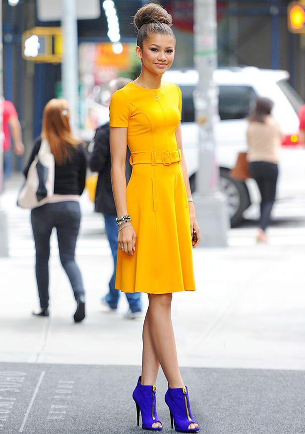 Картинки желтое платье