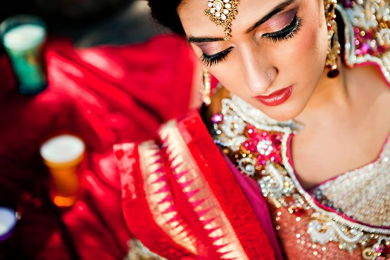 Индийская косметика и масла для волос