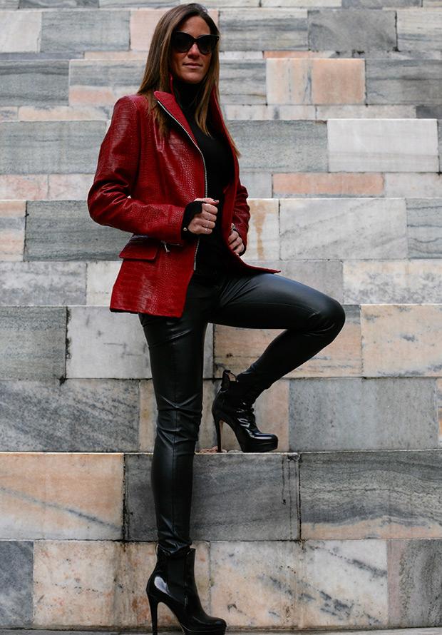 кожаные куртки John Lobel
