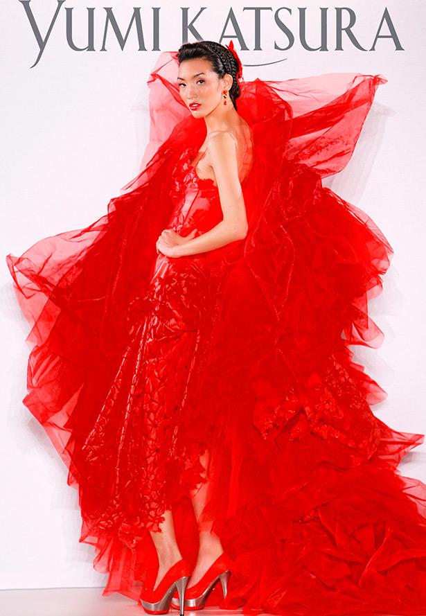 Красное свадебное платье для смелой невесты