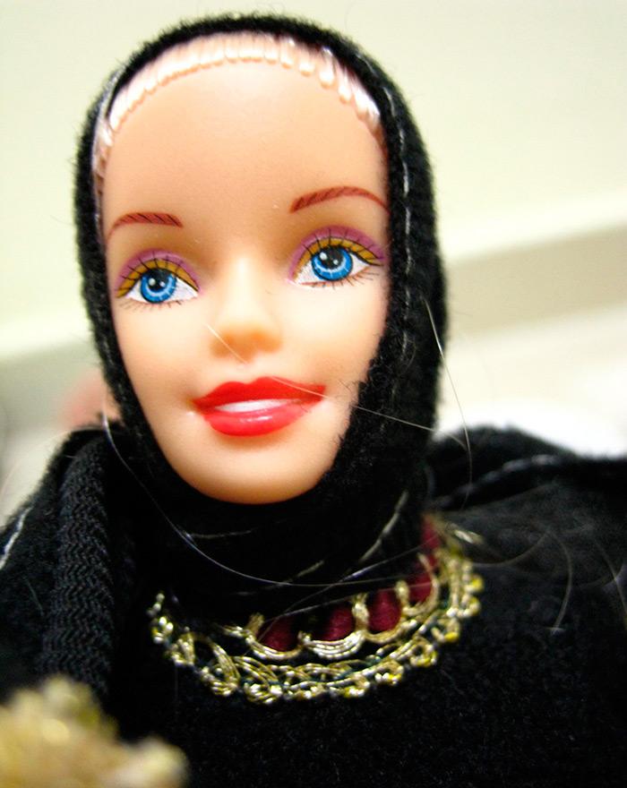 Барби в исламских одеждах