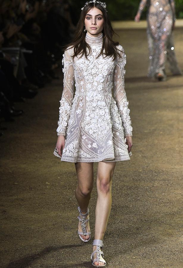 7fbe67de590 20 белых платьев от Кутюр на весну-лето