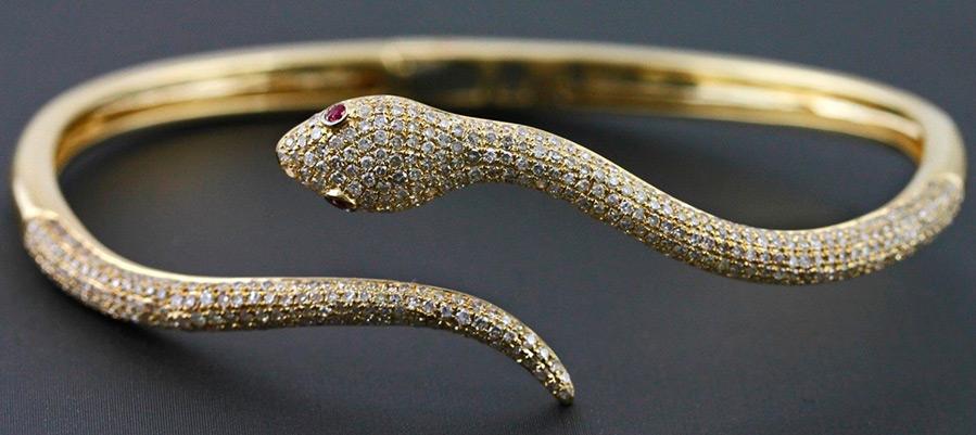 Браслет в виде змеи